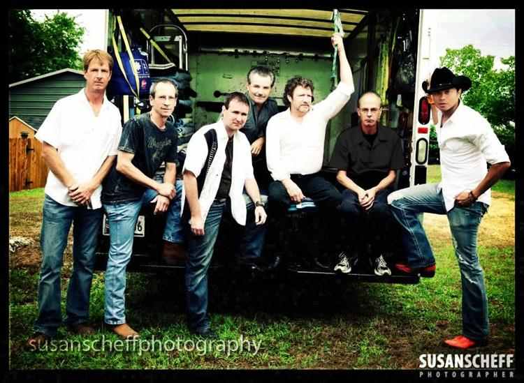 Dean Crawford & the Dunn's River Band